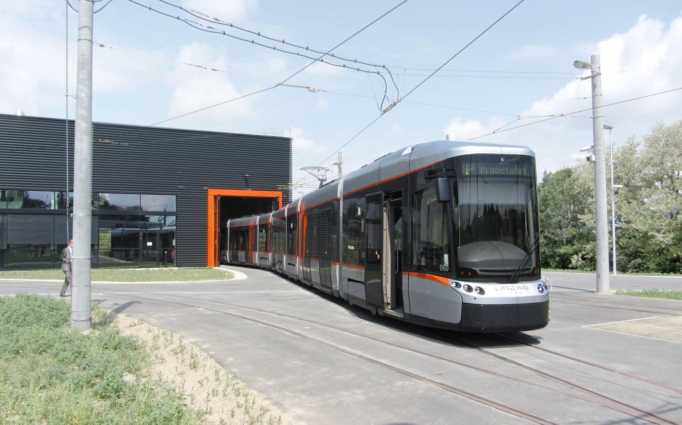 Bombardier Cityrunner Linz by Doellmann Design